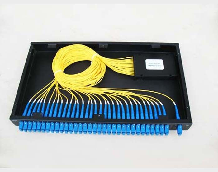 Cina GR-1221 Compliance 1260~1650nm PLC Optical Fiber Splitter For Telecom Network pemasok