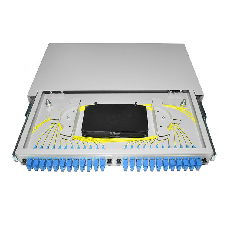 Cina Pigtail Fiber Optic Patch Panel 19 '' Rack Mounted OTB ODB 12 24 Port SC Connector pemasok