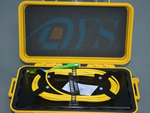 Cina Black / Yellow OTDR Fiber Optic Odf Launch Cable Box with SC / APC Connector pemasok