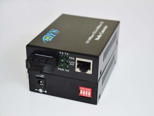 Cina 10 / 100 / 1000M SC Port Optical Fiber Media Converter For Optical Network pemasok