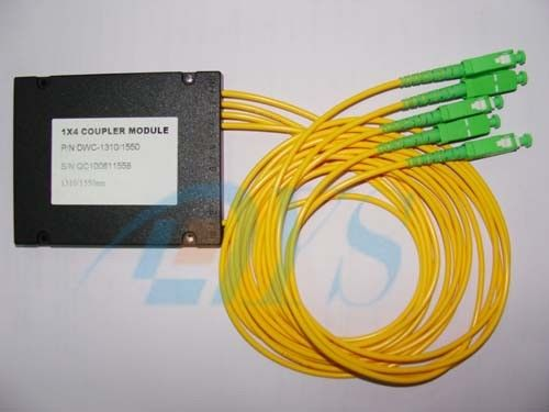 1 x 4 Singlemode Fiber Optic Splitter Couper With SC / APC Connector pemasok