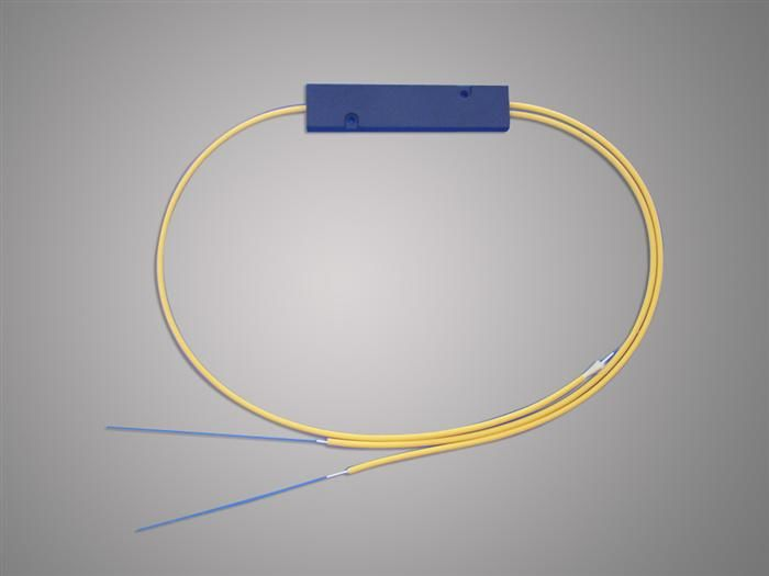 Cina High Reliability 1 * 2 FBT Optical Fiber Splitter 1310 / 1550nm For Local Access Ntwork pemasok