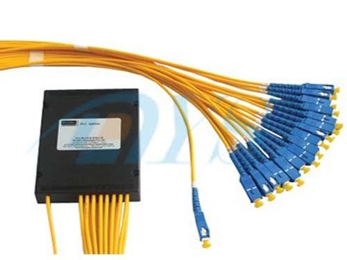 Low Insertion Loss 1 x 16 PLC Fiber Optics Splitter With Ferrule Polish pemasok